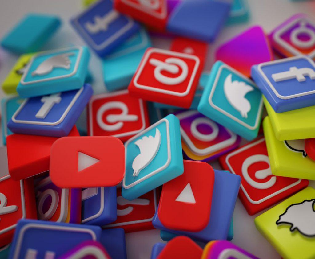 Comdigital Servicio Administración de Redes Sociales Facebook, Twitter, LinkedIn